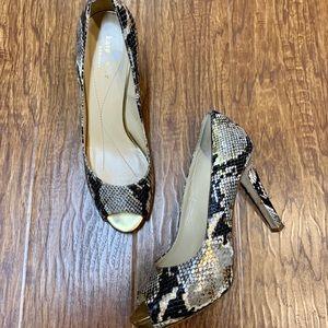 Kate Spade leather snake print peep toe heels 8.5